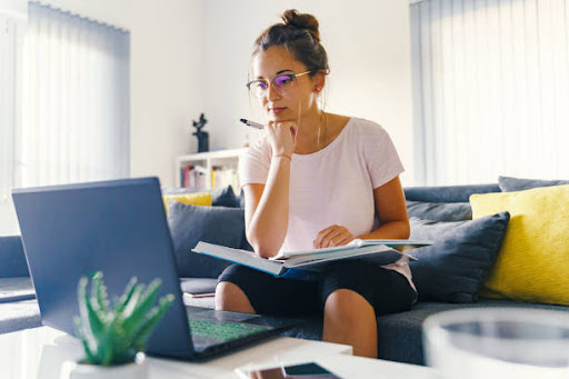 Are Essay Writers Legit to Work With?