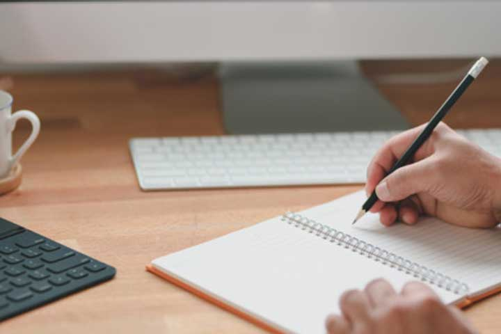 SHow to Write an Essay – Format and Examples